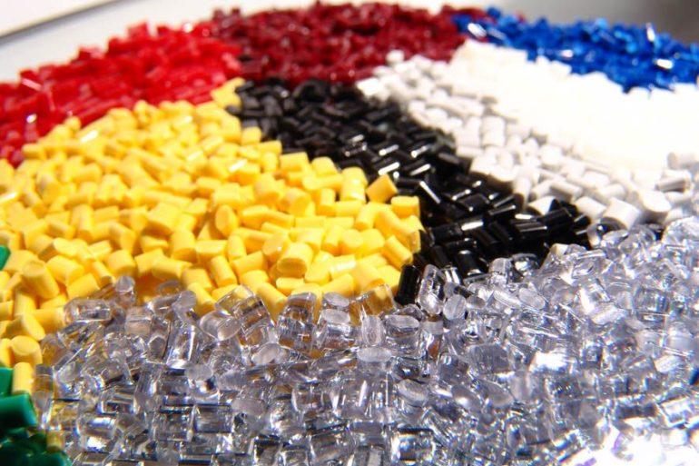 Основні види пластмас, маркування, застосування і властивості